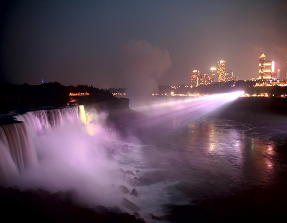 Beautiful places pictures of the world niagara falls for Places to see in nyc at night