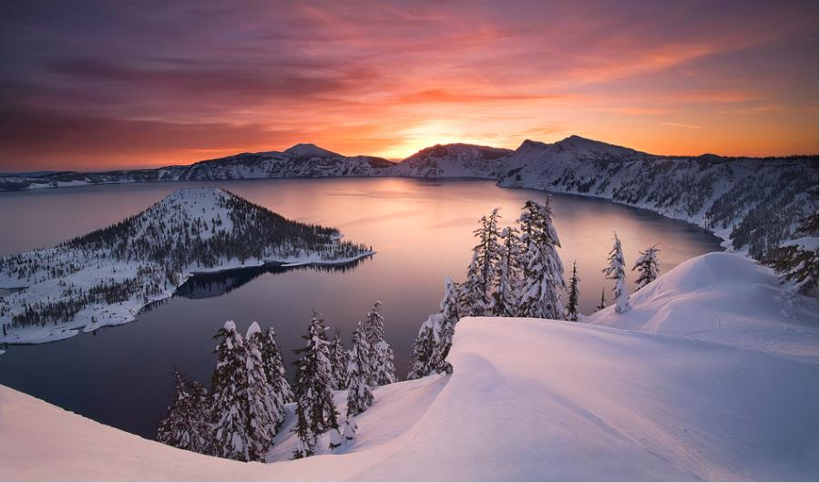 Beautiful places to visit in USA , Pictures, Crater Lake ,Oregon , USA, Visitors paradise, Beautiful places to visit in USA, Inspirational Pictures, Motivational Quotes