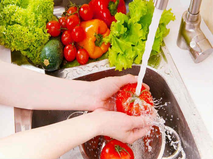 Wash your veggies and detox