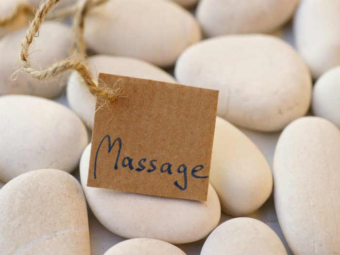 Benefits of a good massage, removes anxiety , sleep disorder, controls blood pressure
